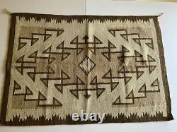 ANTIQUE Navajo Rug Native American Indian Weaving VTG Two Gray Hills 49x35