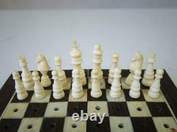 ANTIQUE OR VINTAGE INDIAN TRAVEL CHESS SET K 35 mm AND ORIG FOLDING CHESS BOARD