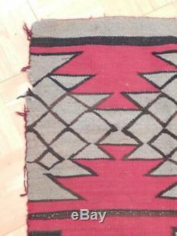 Antique / Vintage Navajo Indian Rug Ganado Trading Post Area Striking Dsgn