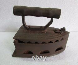 Antique Vintage old Cast Iron Coal Ironing Clothes Press collectible