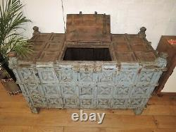 LARGE GENUINE VINTAGE INDIAN DOWRY LIFT LID STORAGE / CHEST CIRCA 1920s W153CM