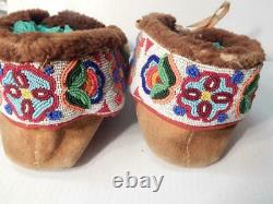Moccasins Antique Vintage E Cree Indian Canadian American Indian Center Seam