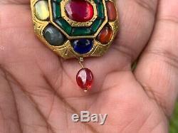 VINTAGE INDIAN NAVRATTAN PENDANT. DIAMOND. 20ct GOLD. REAL GEMSTONES. 21 GMS