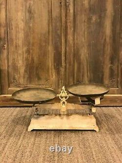 Vintage Kitchen Scale, Rustic Farmhouse Fruit Bowl