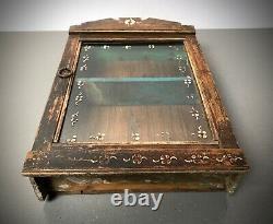 Ancien Cabinet Indien Vintage. Art Déco. Affichage / Salle De Bains. Décoration Florale