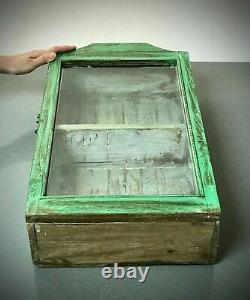 Ancien Cabinet Indien Vintage. Art Déco. Affichage / Salle De Bains. Jade Et Sauge Pâle