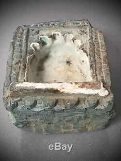 Anciennes Indien Green Quartzite Niche. Murale Huile / Ghee Lamp 19eme