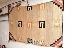 Antique Navajo Rug Native Américaine Indienne Tissage Vtg 54x36 Large Transitionnelle
