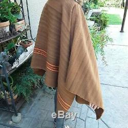 Antique / Vendange Aymara Main Indienne Laine Tissée Poncho Milieu Du 19ème Siècle