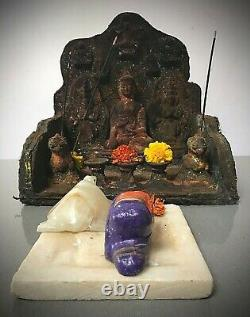 Antique Vintage Bouddha Indien. Bouddhiste Sanctuaire / Autel. Katmandou, Népal. Tibet