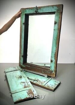 Antique Vintage Indian Shuttered Fenêtre Miroir. Ancien. Baby Blue & Jade