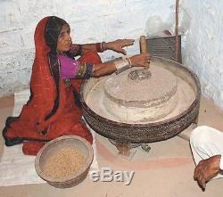 Antique Vintage Meubles Indiens. Spice Broyage Chakki Table. Table Basse