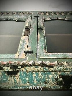 Armoire De Cuisine Antique Antique D'exposition Indienne D'art Déco De Salle De Bains. Jade & Vanille