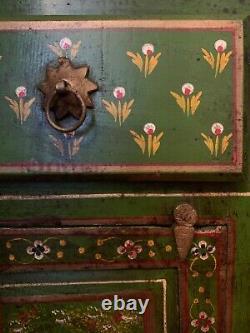 Cabinet Painted Antique Vert Indien En Bois / Armoire / Bibliothèque Vintage Boho
