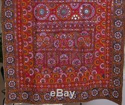 Indien Banjara Tissu Cousues Miroirs Couette Tissu Suspendu Paroi Cru Textile Amende