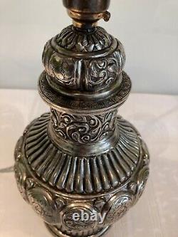 Lampe De Table Indienne Argentée Vintage Antique Et L'ombre Refaite