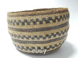 Lrg Museum Grade Antique / Vintage Shasta N. California Indian Basket Xlnt Cond