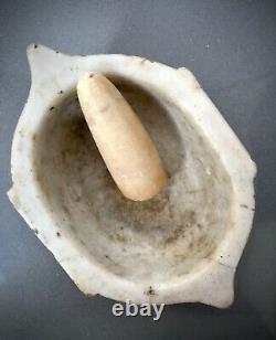 Marbre Antique Karale. Mortier Indien Et Pilon, Makrana, Rajasthan. Ancien