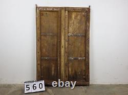 Paire D'antique Vintage Worn Paint Indian Wooden Shutters Doors (mill-560)