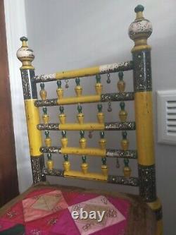 Rajasthani Très Décoré Vintage Peint Chaise Jaune