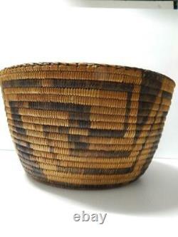 Showy Huge Grand Vintage Antique C. 1900-20 Pima Indian Basket Whirling Logs Dsgn