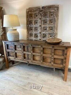 Table De Console Polie Découpée Indienne Vintage