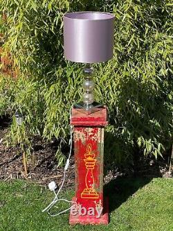 Vieille Affiche En Bois Indien Plinth Ideal Plant Lamp Stand Peint À La Main Rouge