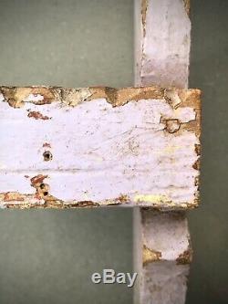 Vintage Étagères En Bois Indiens. Détail Antique Art Déco. Distressed Lilas Et Corail