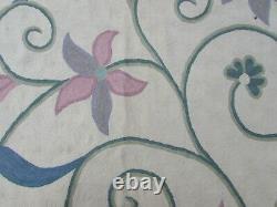 Vintage Hand Made Indian Kashmir Wool White Pink Hooked Stitchwork 420x292cm