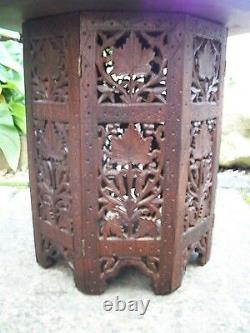 Vintage Octagonal Anglo/indien Pliant Table Latérale En Bois Incrustée