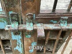 Volets De Fenêtre En Bois Indiens Vintage Avec Barres De Récupération Rajasthan 100% Original