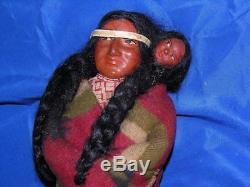 Vtg Antique Skookum Composition Indien Et Bois Poupée, Mère W Papoose Bébé